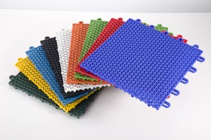Colour range interlocking mats