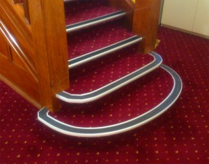 Curved stair nosing wa
